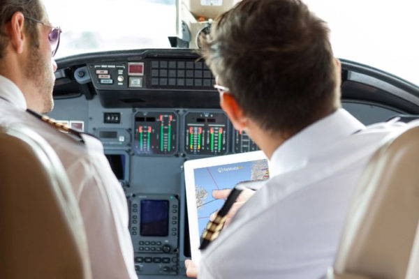 Top 8 apps for pilots - Aviation People Experts